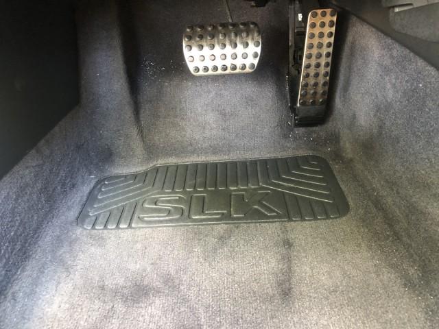 2001 Mercedes-Benz SLK-Class Kompressor, power convertible top, leather, 2 owner in pompano beach, Florida