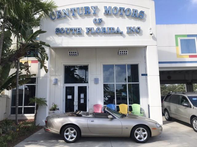 2001 Jaguar XK8 Power Convertible Top Alpine Stereo CD Cassette in pompano beach, Florida