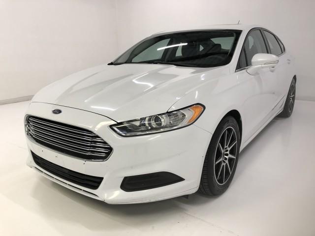 49882013 Ford Fusion SE
