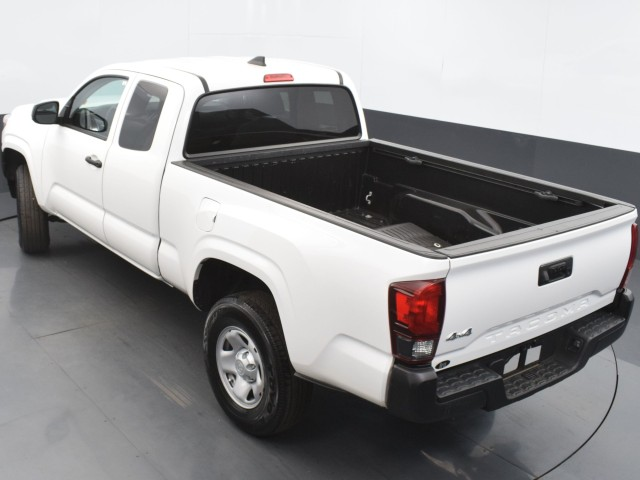 Certified Pre-Owned 2019 Toyota Tacoma 4WD SR w/ UTILITY PKG!