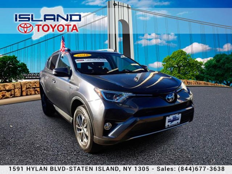 Certified Pre-Owned 2018 Toyota RAV4 Hybrid XLE AWD (Natl)