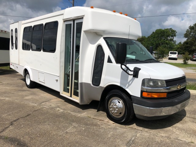 2014 Chevrolet Express Commercial Cutaway Diesel in Lafayette, Louisiana