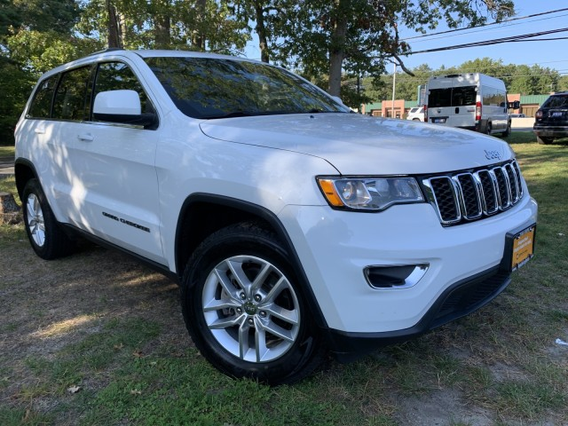 used 2017 Jeep Grand Cherokee car, priced at $22,937