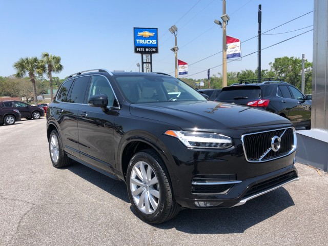 used 2017 Volvo XC90 car